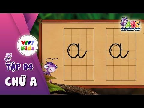 """Bé học chữ """"A"""""""
