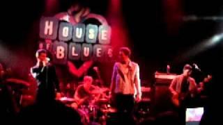 2AM Club & XV-Hurricane (live)
