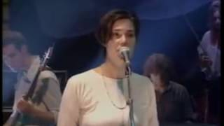 Stereolab - Cybele's Reverie (Live on Jools Holland)