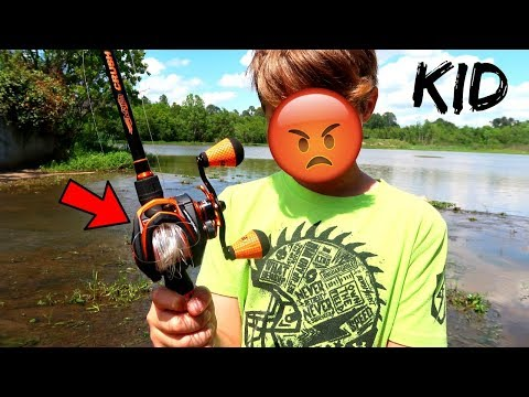 Teaching a KID How To Use a BAITCASTER (FUNNY!!!)