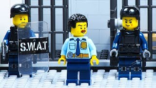 Lego Prison Break - SWAT