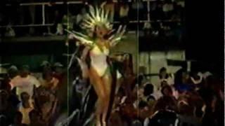 Thalía - Siempre Hay Cariño (Rio de Janeiro)