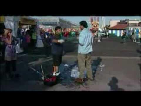 Reporter Fail destroys ice sculpture 2010