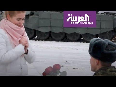 العرب اليوم - شاهد: 16 دبابة عسكرية في حفل خطوبة روسي على حبيبته