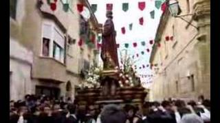 preview picture of video 'Procesión de San Juan 2007 - Huete - Cuenca - España (Spain)'