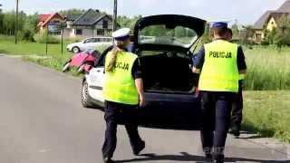 Zderzenie samochodu z motorowerem w Bóbrce
