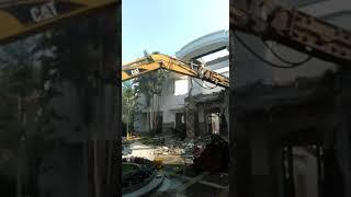 Jasa Bongkar Rumah Tua PT Cavin Citra Abadi
