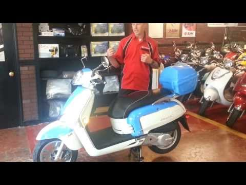 2013 KYMCO Like 50 and Like 200i Scooter Review