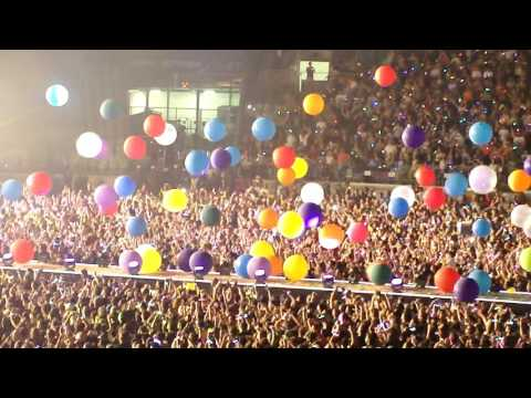 Coldplay - Adventure of a lifetime (Live in São Paulo 2016)