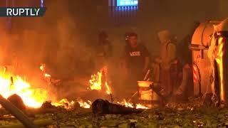 Массовые беспорядки в центре Барселоны — видео