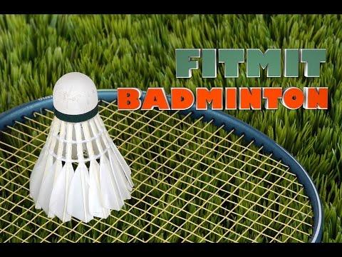Training mit Schläger und Federball - FitMit Badminton