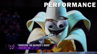 "Banana sings ""Knockin' on Heaven's Door"" byBob Dylan   THE MASKED SINGER   SEASON 3"