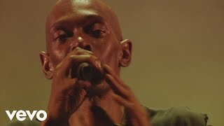 Faithless - Miss U Less, See U More (Live At Alexandra Palace 2005)