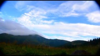 ПОТРЯСАЮЩЕ! В 4К Time Lapse облаков у горы Говерла c высоты 1500м - (вечер 19.08.2015) Andre Fly And