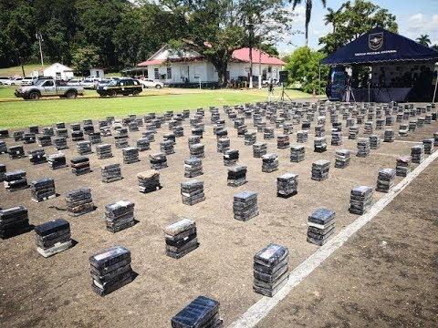 Decomisa más de 1.200 paquetes de droga en contenedor de Colombia