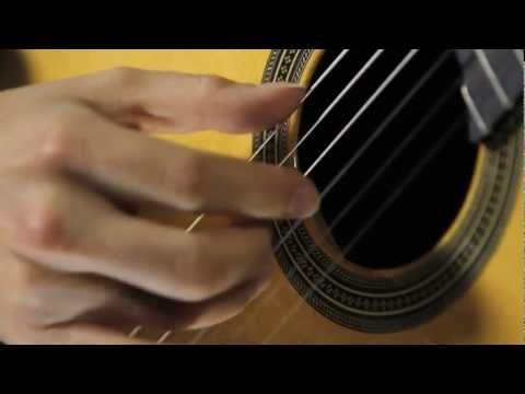 Guitar Lesson: How to Play a Free Stroke with Good Tone