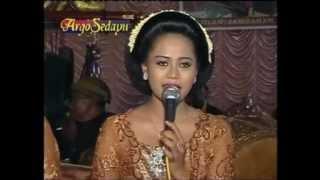 Kembang Rawe - Voc. Rini, Karawitan Mudho Laras