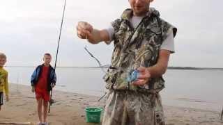 Как правильно закидывать прикормку для рыбы