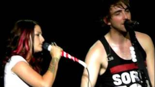 All Time Low Remembering Sunday with Cassadee Pope 7/31/2011 (full song)