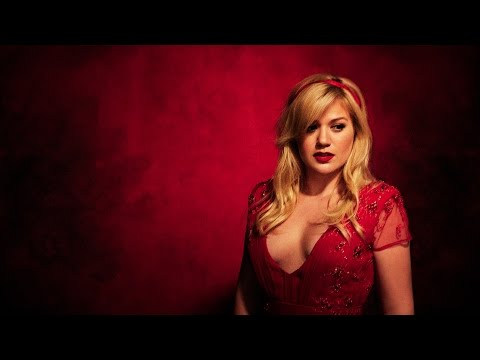 Kelly Clarkson - The Making Of Wrapped In Red Mp3