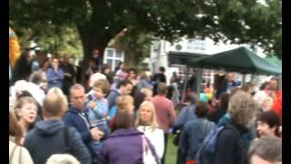 preview picture of video 'Diamond Jubilee Toddington Village 2012.wmv'