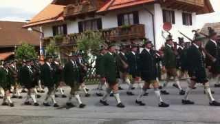 preview picture of video 'Tambour bei der 40  Wiedergründung Bichl Juni 2012'