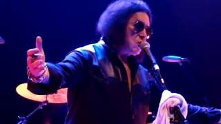 "Front Row - Gene Simmons - You're Gonna Lose That Girl (Beatles Cover ""HELP!"" 1965) Chicago 2017"