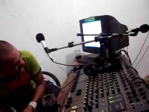Dj Rock Nos Estúdios Da Radio Virgem Dos Pobres FM