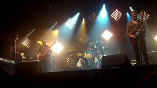 """""""Reptiles"""" Them Crooked Vultures Live @ The Aragon Ballroom - Chicago, IL - 05-19-10"""