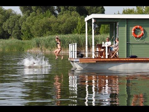 BungalowBoot: Urlaub auf dem Wasser