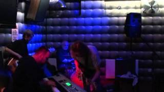 Gienek Loska w 8 Ball Club Piaseczno - There gonna be some rockin', AC/DC
