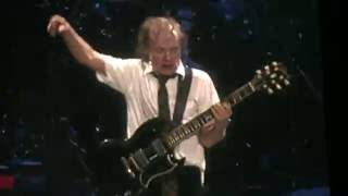 """LIVE WIRE"" by AC/DC -  First time played since 1982"