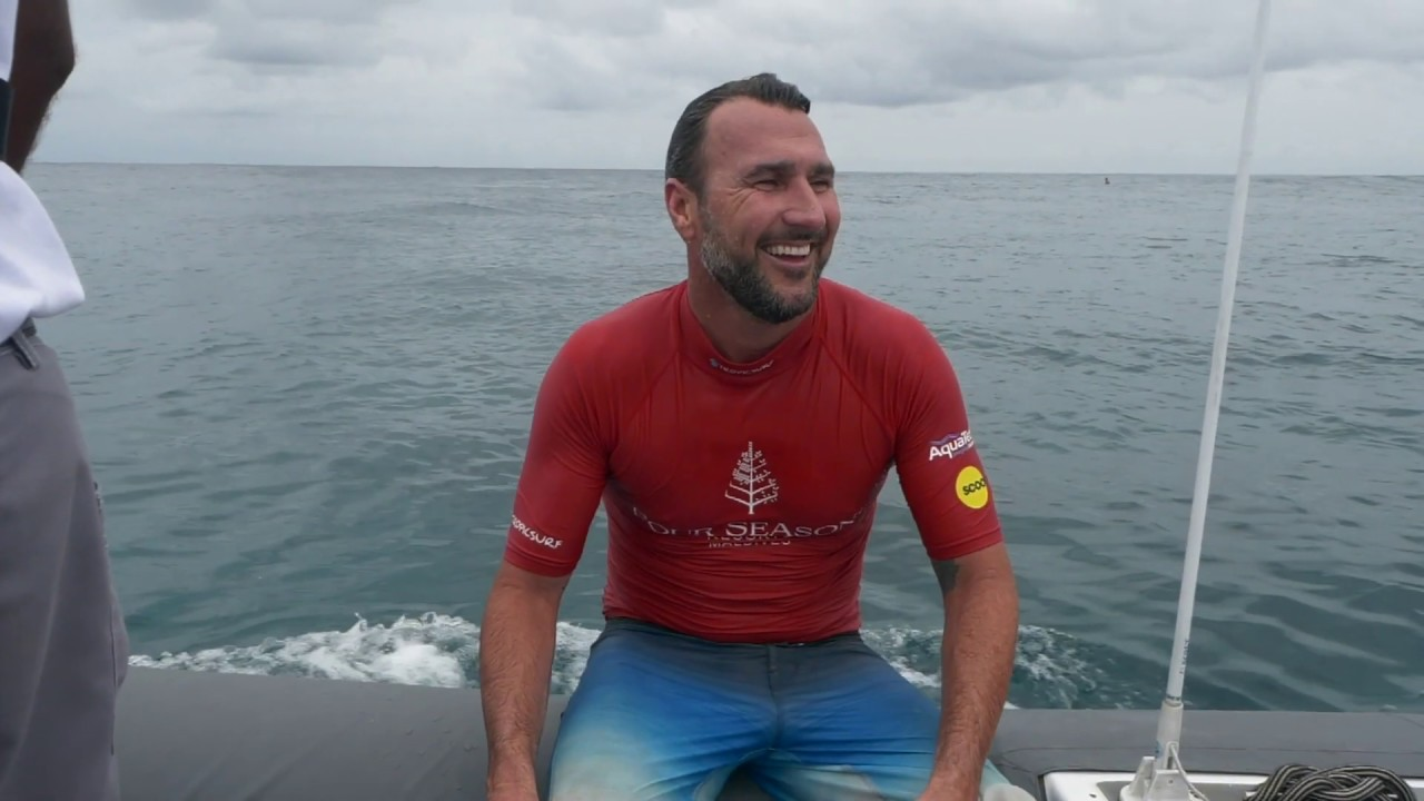 Parko Twin Fin surfing in the Maldives at the Four Seasons Maldives Surfing Champions Trophy
