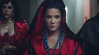 """Halsey RESPONDS to """"Strangers"""" Video Backlash Over Lack of LGBTQ+ Theme"""