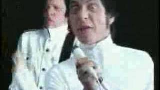 Beatsteaks - Hand In Hand (Video)