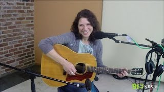 Live From The KBCS Living Room <b>Kris Delmhorst</b>