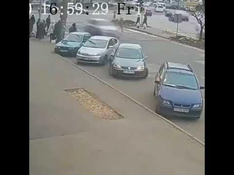 Приключения автоледи на парковке
