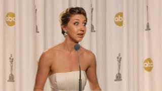 Jennifer Lawrence Oscars 2013 Press Conference UNSEEN FOOTAGE - Video Youtube