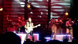 Chris Isaak-I Want Your Love-Uptown Theater, KC MO 11-18-11.MOV
