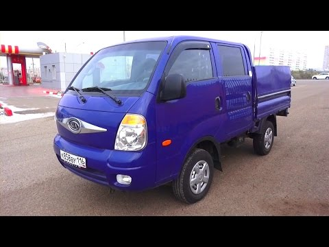 2011 Kia Bongo 3 4x4. Start Up, Engine, and In Depth Tour.