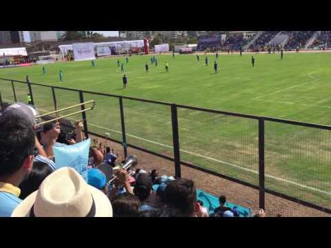 """Vamo vamo los dragones ..vuelta al Municipal de Cavancha"" Barra: Furia Celeste • Club: Deportes Iquique"