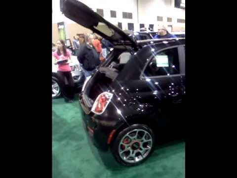 2011 Fiat 500 Sport displayed at Toledo Auto Show