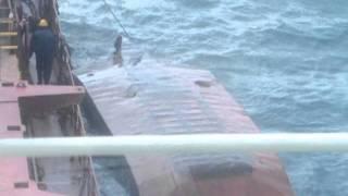 Русские моряки утопили бот