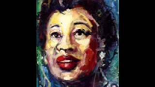 Ella Fitzgerald - He's Funny That Way.wmv