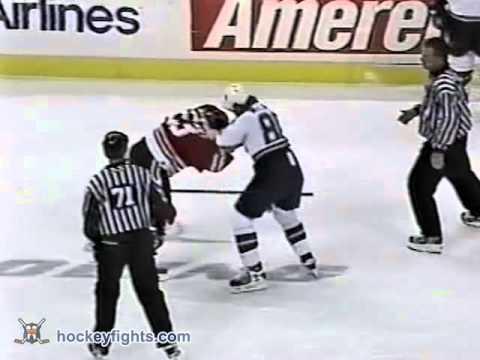 Ryan VandenBussche vs Steve McLaren