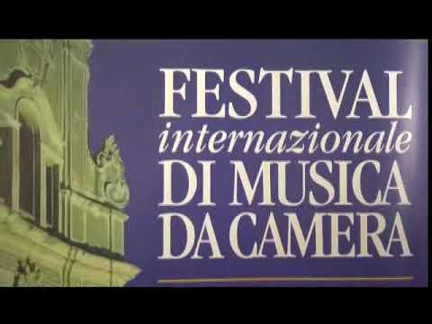 LA PRESENTAZIONE DEL FESTIVAL DI MUSICA DA CAMERA DI CERVO