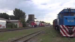 preview picture of video 'E721 y 9739 en Villa Rosa (16-03-2014)'