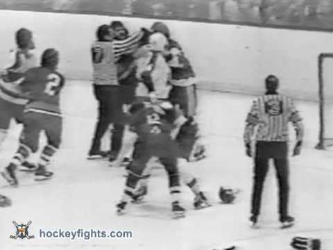 Dave Schultz vs. Garry Howatt