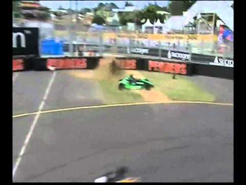 Extreme Safety caught up in some Formula Ford Action!