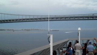 If you think a train horn is loud try a Boat fog horn!.AVI